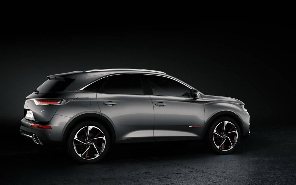ds automobiles ds7 crossback garage r paration auto gradignan vente voitures occasion et. Black Bedroom Furniture Sets. Home Design Ideas