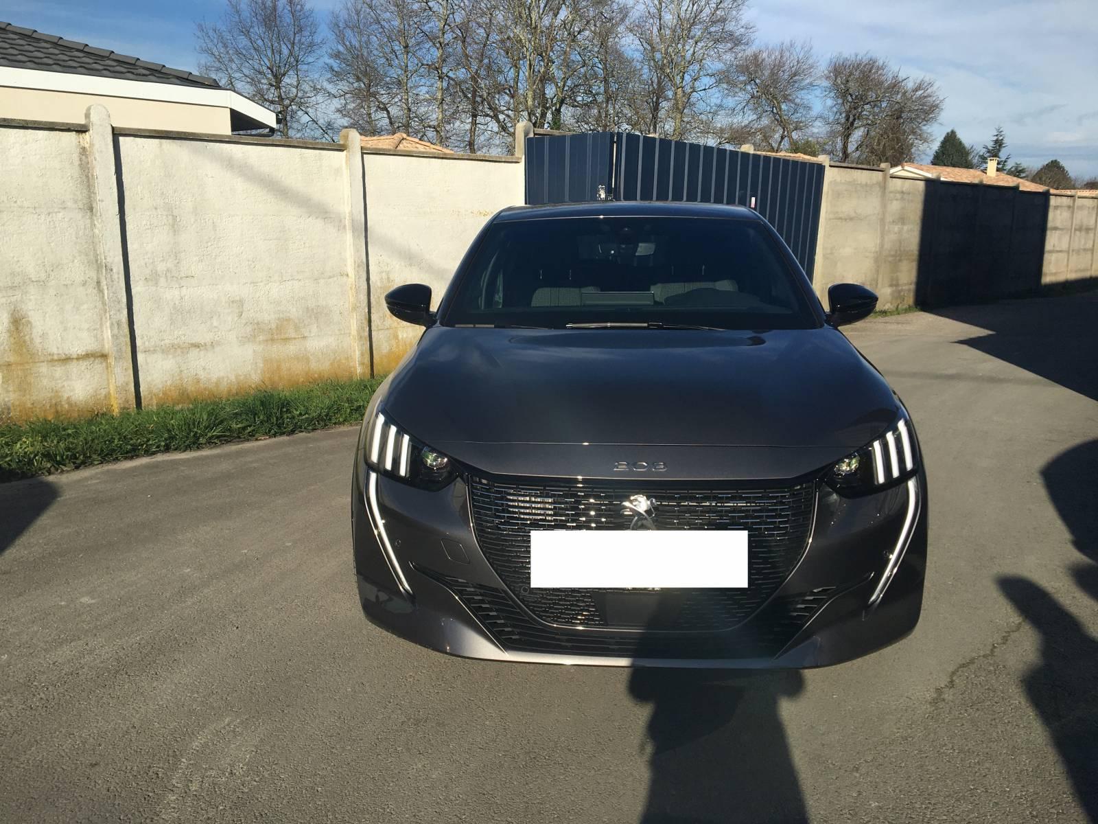 Acheter une Peugeot 208 Gt line 100 S&S peu de kilomètre ...